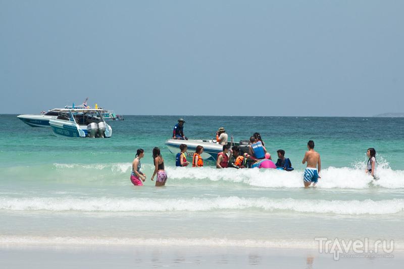 Остров Ко Лан - место в Паттайе, где можно купаться / Таиланд