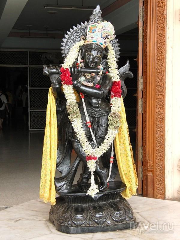 Нью-Дели. Храмовый комплекс Чаттарпур / Индия