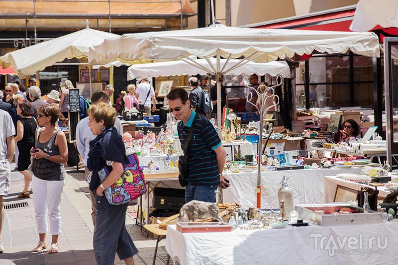 Антикварный рынок в Ницце / Франция