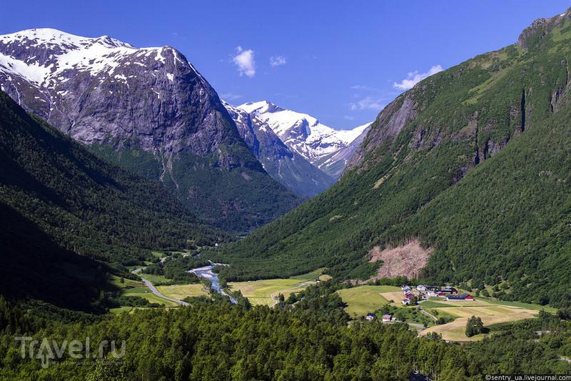 Норвегия: Долина озера Стрын / Фото из Норвегии