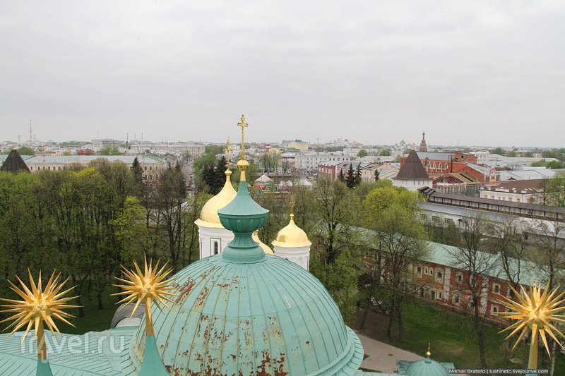 Ярославль со звонницы Спасо-Преображенского монастыря / Россия