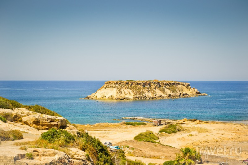 Кипр. Пляж Лара и скала Афродиты / Кипр