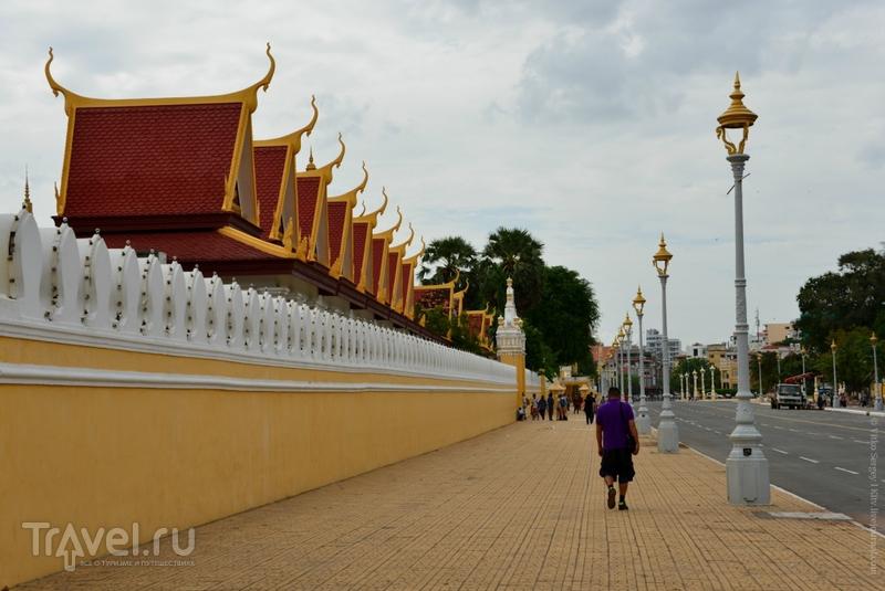 Камбоджа: Королевский дворец в Пномпене / Фото из Камбоджи