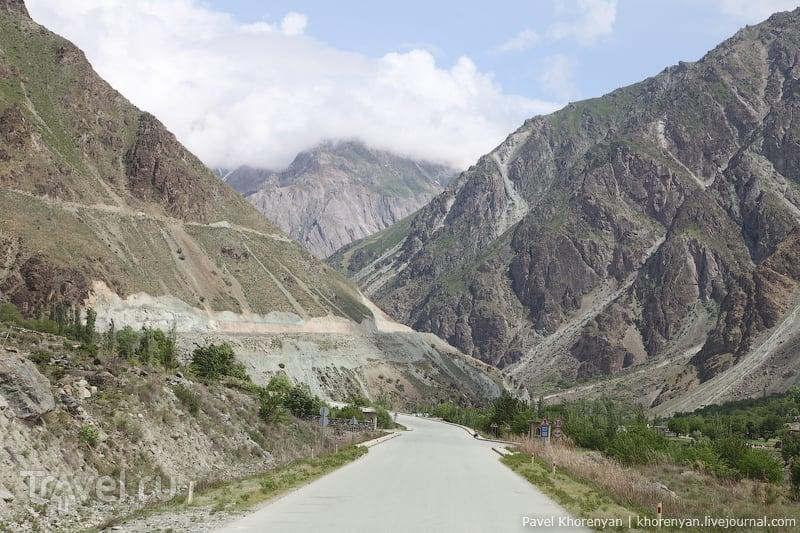 Душанбе, дорога на Памир / Таджикистан