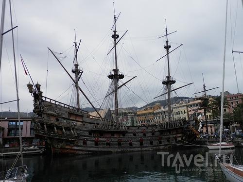 Генуя - морской музей и Галеон / Италия