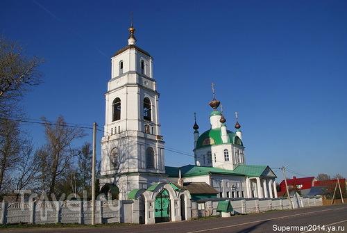 Село Хотеичи - Храм  Троицы Живоначальной / Россия