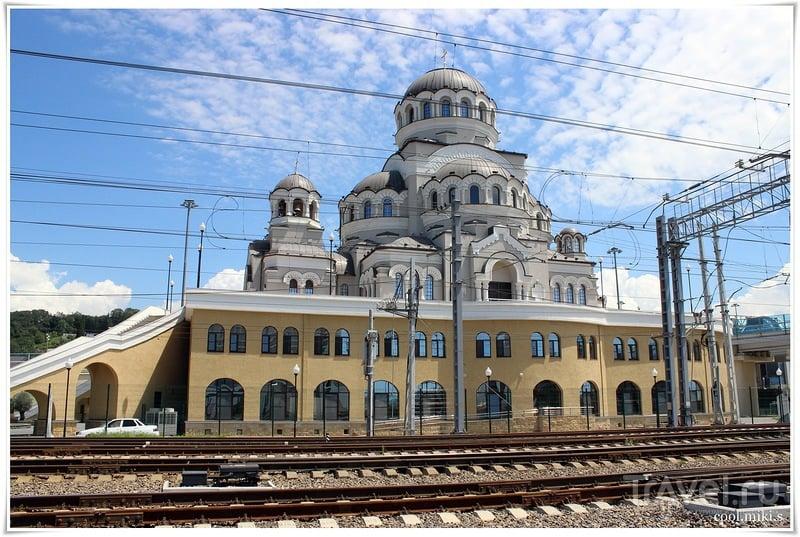 Храм Нерукотворного Образа Христа Спасителя / Россия