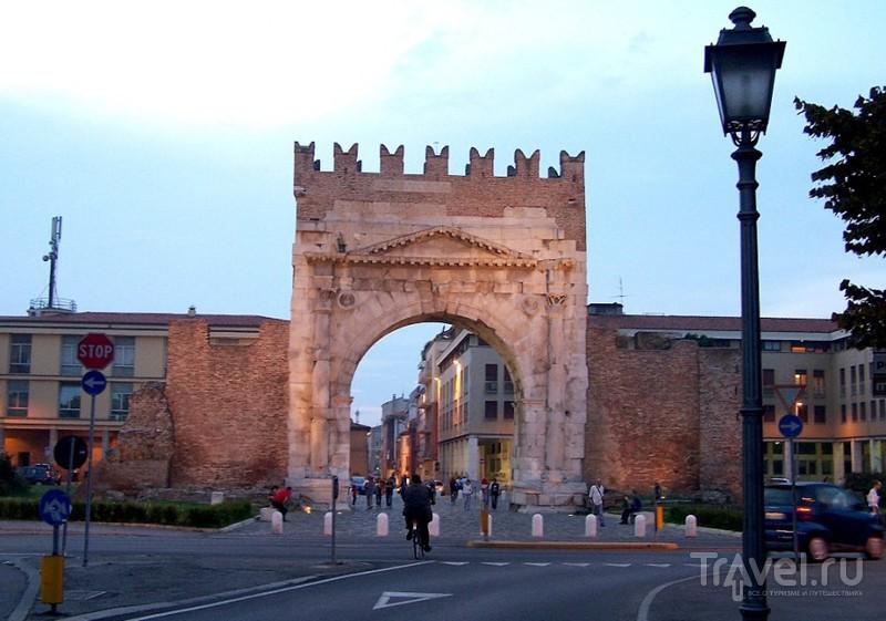 Римини вечером / Италия