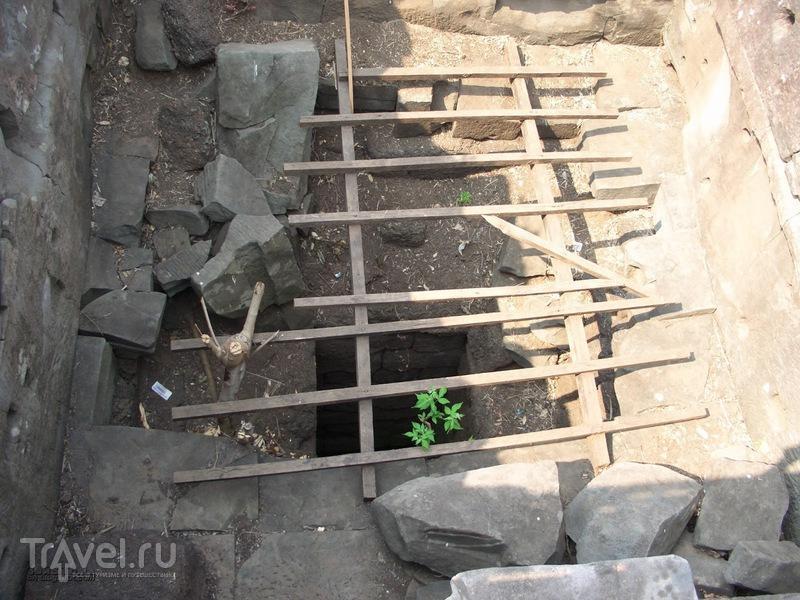 Заброшенный город Кох Кер и Пирамида смерти / Фото из Камбоджи