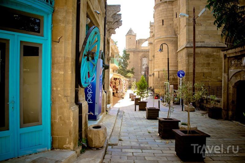 Кипр. Никосия-столица двух республик / Кипр