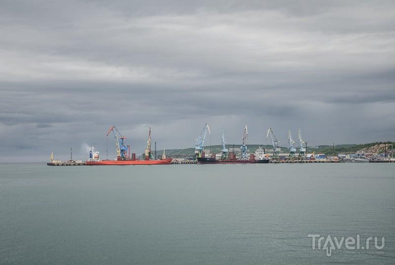 Грузовой порт Корсаков / Фото из России