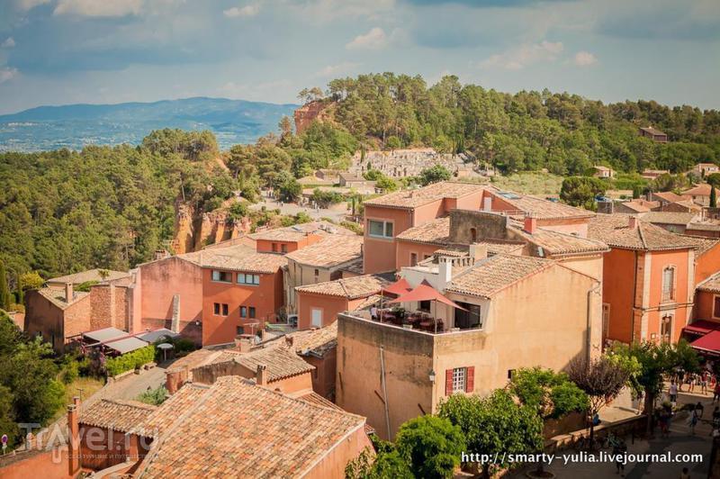 Руссильон: красная деревня Прованса / Франция