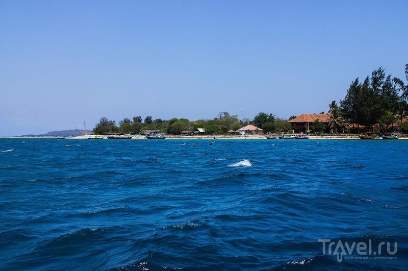 Остров Гили Мено и заброшенный отель / Фото из Индонезии