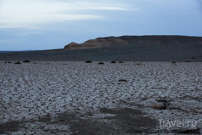 Нэмэгтийнская впадина / Монголия