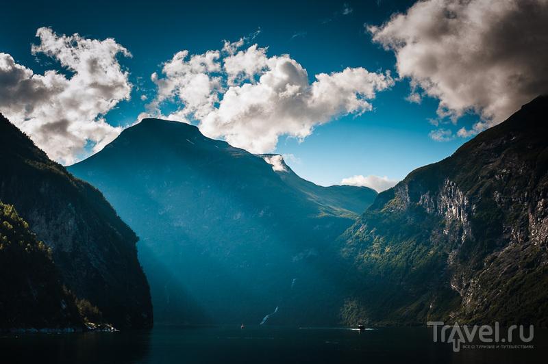 На пароме по Гейрангер-фьорду / Фото из Норвегии