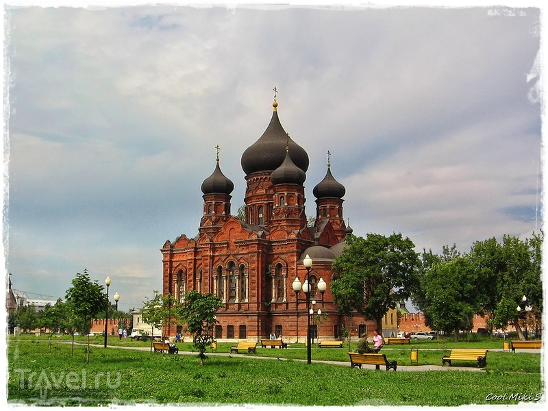 Храмы бывшего Успенского женского монастыря в Туле / Россия