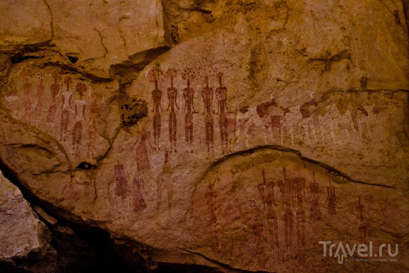 Наскальные рисунки в горах Эннеди / Чад