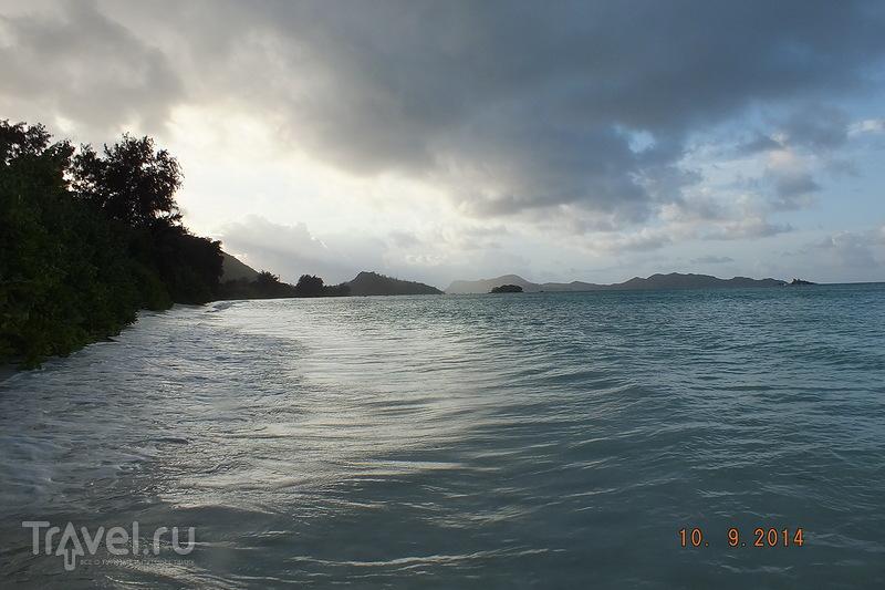 Сейшелы. Остров Праслин. Пляж Cote d'or / Сейшелы