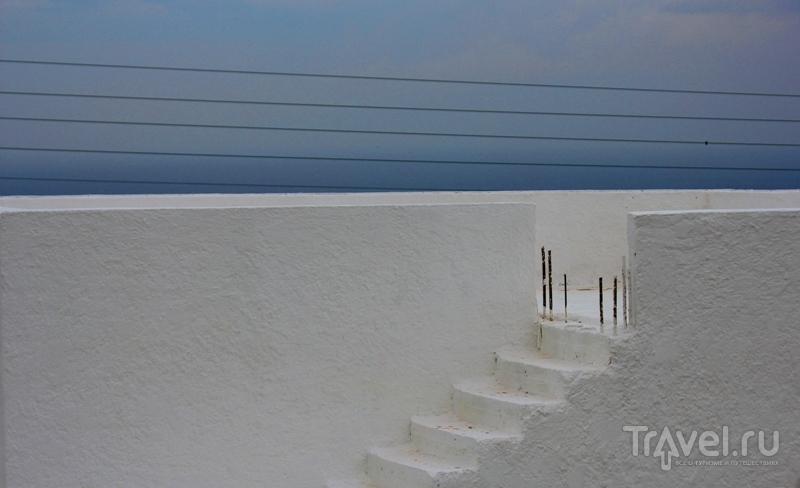 Остров Санторини в феврале / Греция