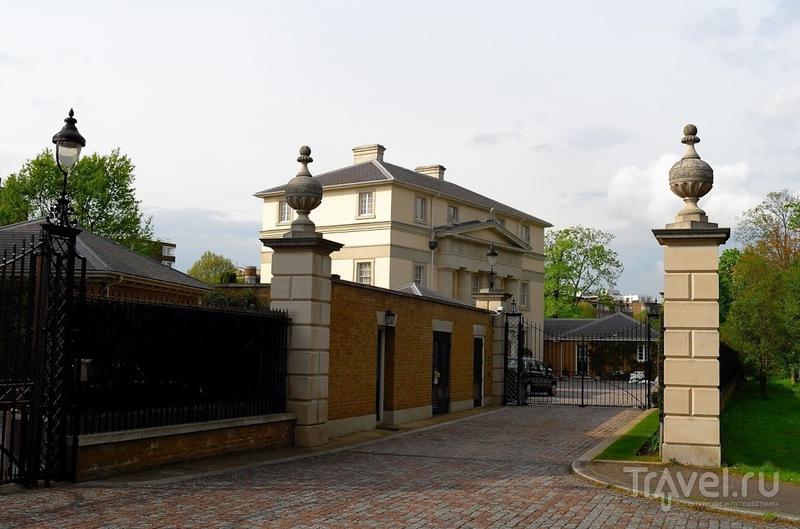 Six villas along the Regents Canal  (шесть вилл вдоль канала - Лондон) / Великобритания
