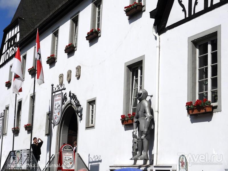 Линц-на-Рейне - царство фахверка и субботний блошиный рынок / Германия