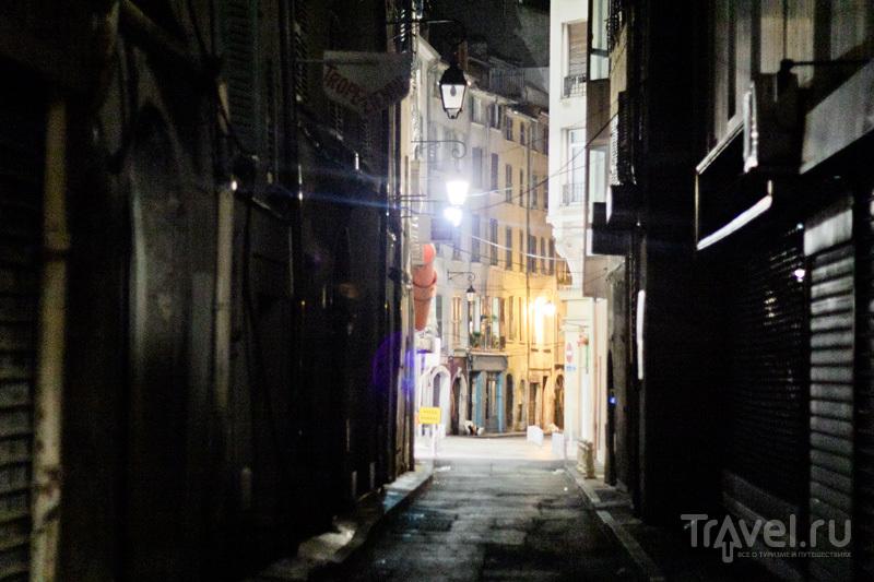 Пять моментов Тулона / Франция