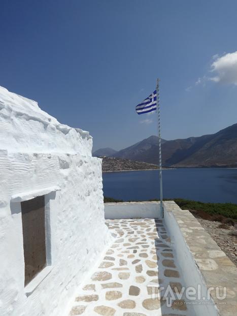 Остров Никурия. Тишина возле острова Аморгос / Греция