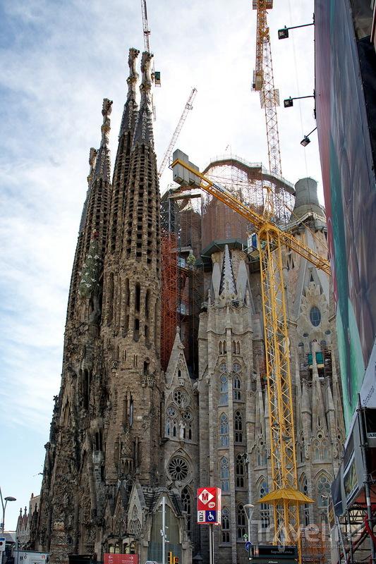 Величественный долгострой - Храм Святого Семейства! / Испания