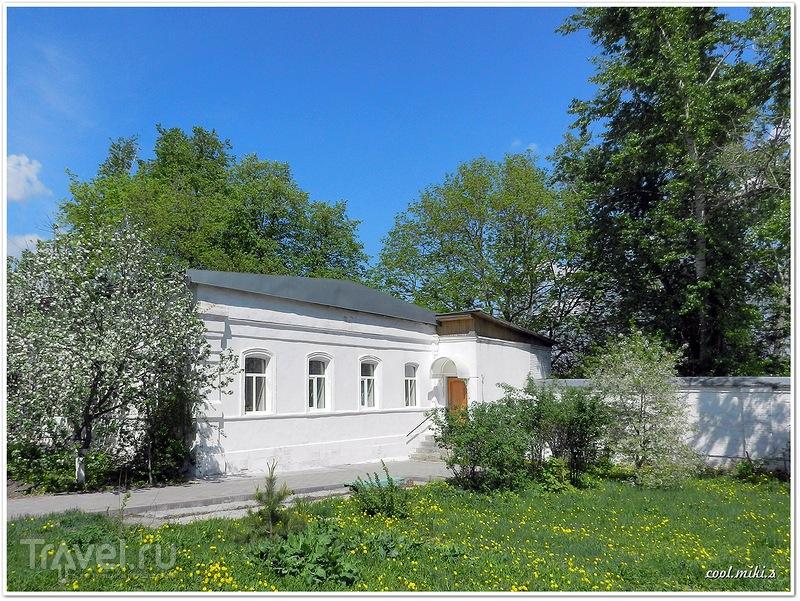 Богородичный Пантелеимонов Щегловский мужской монастырь в Туле / Россия
