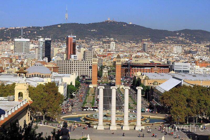 Обзорная площадка Барселоны на холме Монжуик / Испания