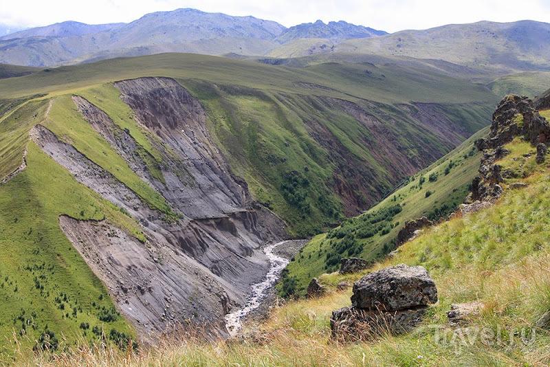 Урочище Джилы-Су. Водопад Султан / Фото из России