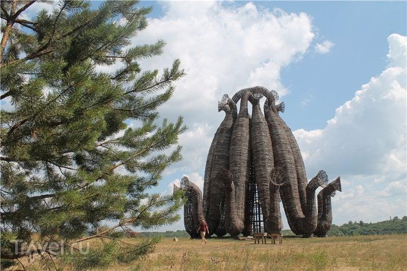 Архстояние в Никола-Ленивце / Россия