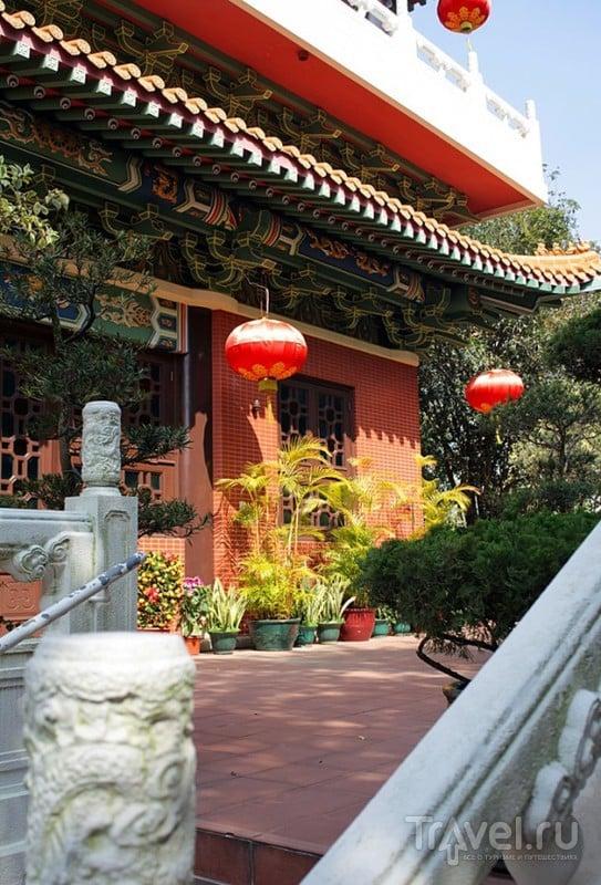 Маленький буддистский храм Kun Chung или как создать гармонию из ничего / Гонконг - Сянган (КНР)