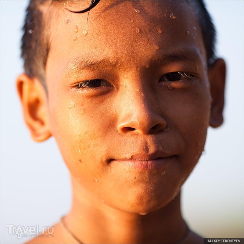 Жизнь на берегу великой реки... / Мьянма