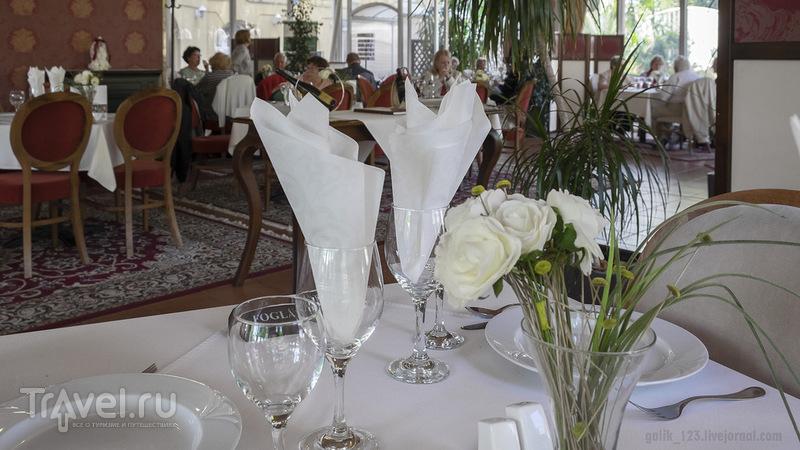 Ресторан около купальни Сечени / Венгрия