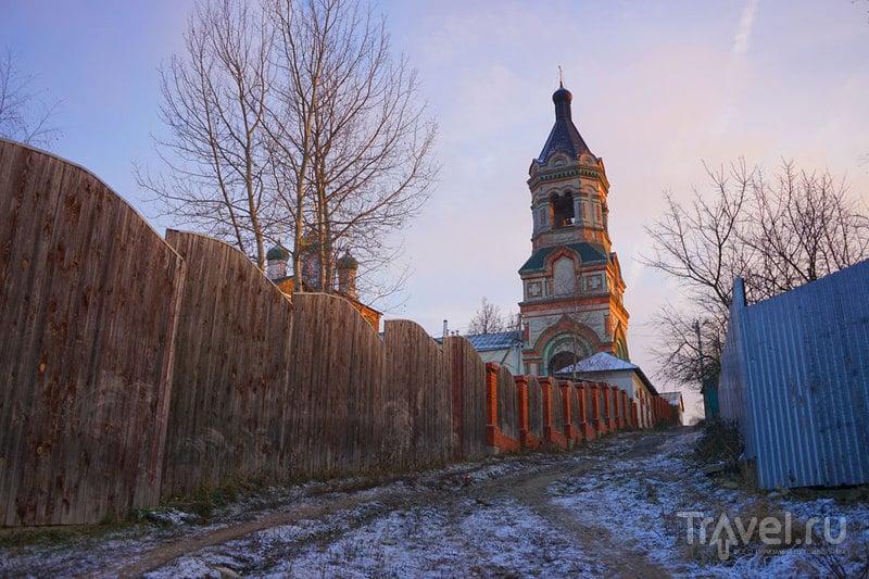 Воскресенская церковь в Колычево / Россия