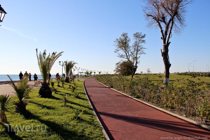 Набережная возле Олимпийского парка Сочи / Россия