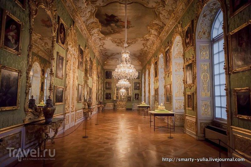 Мюнхенская резиденция: грот, антиквариум, покои / Германия