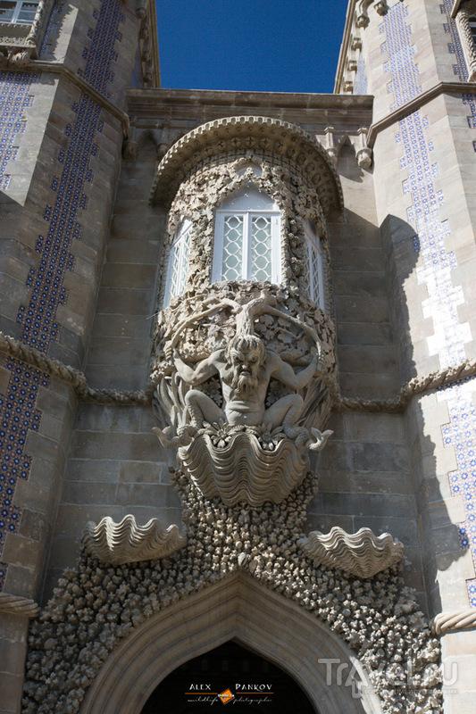 Португалия. Дворец Пена. Снаружи и вокруг / Португалия