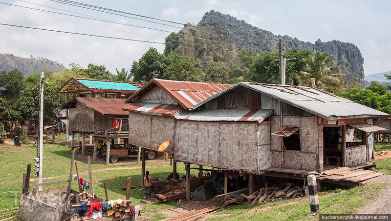 Через Лаос на автобусах / Лаос