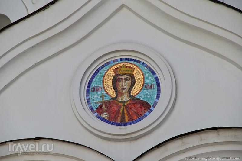 Белоснежный сочинский храм / Россия