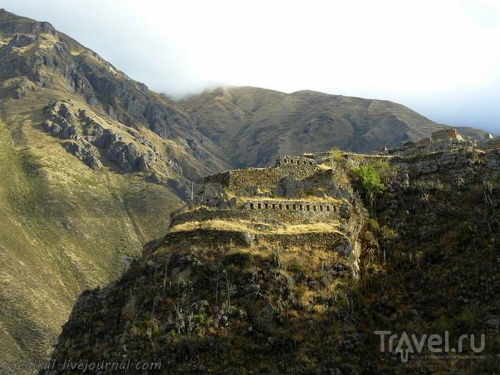 Un gran viaje a America del Sur. Перу. Ойянтайтамбо. Каменный лик Виракочи / Перу