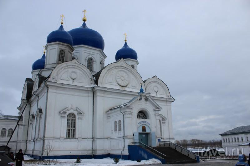 Свято-Боголюбский монастырь / Россия
