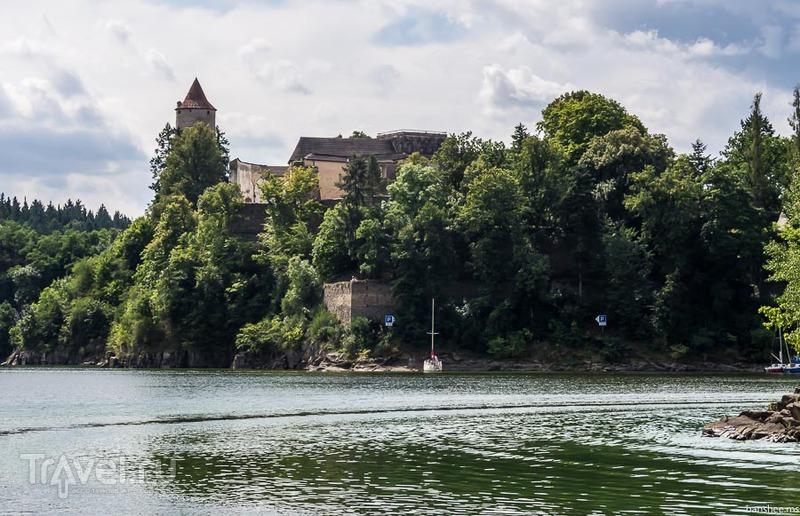 Чехия: замок Звиков / Фото из Чехии