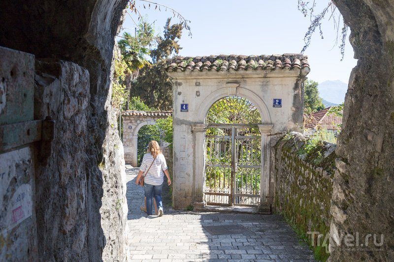 Прогулка по Херцег-Нови / Фото из Черногории
