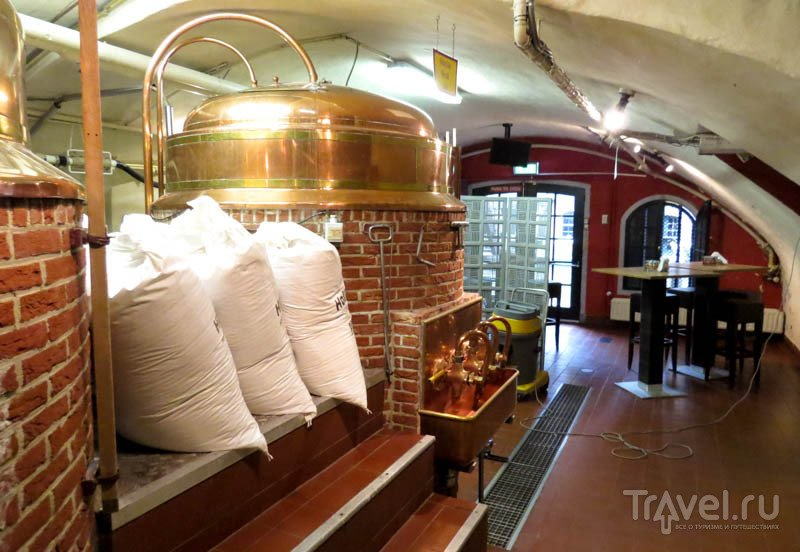 Ресторан-пивоварня Oudaen City Castle в Утрехте, Нидерланды / Фото из Нидерландов