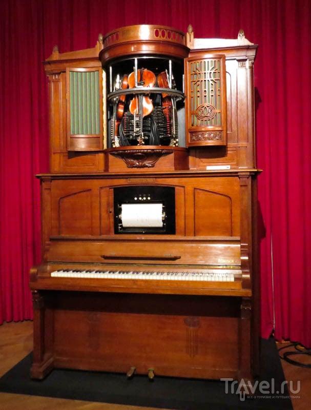 Механический скрипичный ансамбль в музее музыкальных автоматов в Утрехте, Нидерланды / Фото из Нидерландов