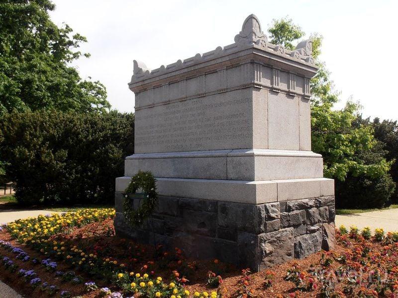 Арлингтонское кладбище и окрестности / Фото из США