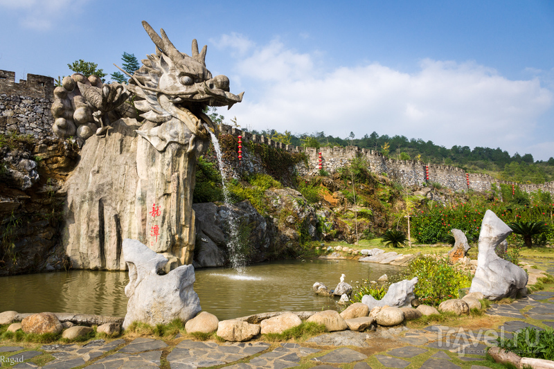 Китай: прогулка по реке Lianjiang и царство Аида в Lianzhou / Китай