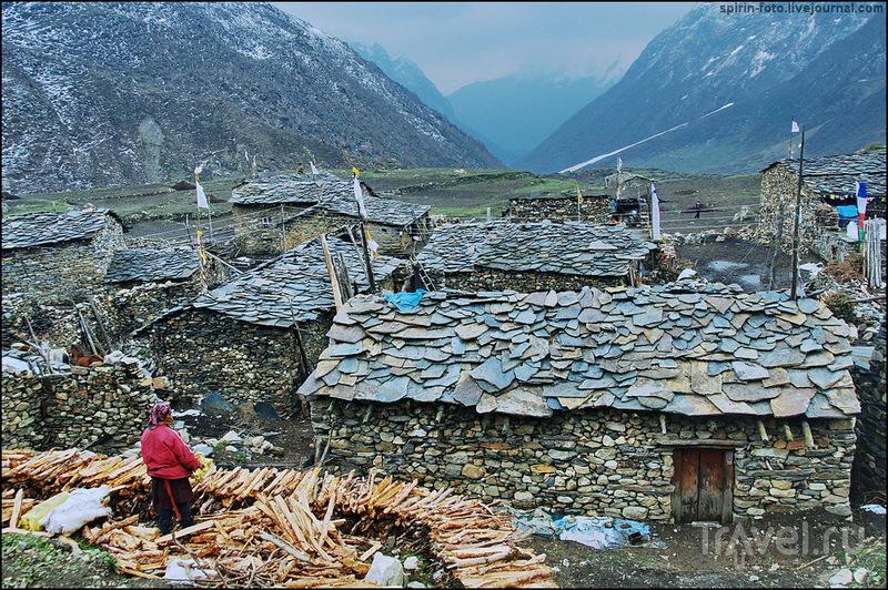 Непал, треккинг вокруг Манаслу с посещением долины Цум. Состязание лучников / Непал